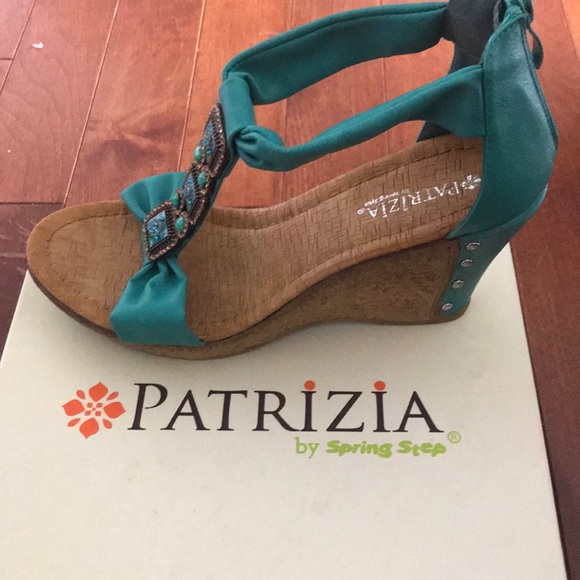 b3d0446acb6 Patrizia by spring step wedges brand new with box